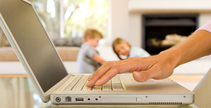 02-trabalho-em-casa-sos-trabalho-e-renda-trabalho-em-casa